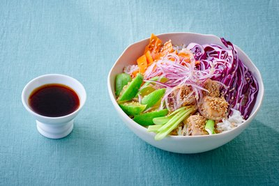 Tuna and vegetables bowl