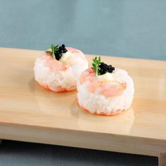 Sushi topped with prawns