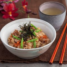 Gomoku Takikomi gohan – Chicken and Fresh Vegetables with Rice