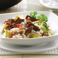 Beef with leek and cashew nuts - gluten-free