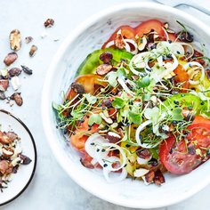 Tomato salad with Ponzu dressing and soycrunch