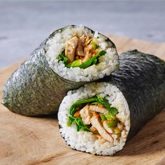 Chicken and leek rice roll