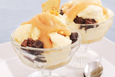 Ice Cream Sundae with Salted Butterscotch Sauce and Hazelnut Praline